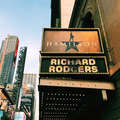 8tracks radio   Broadway Musicals (31 songs)   free and