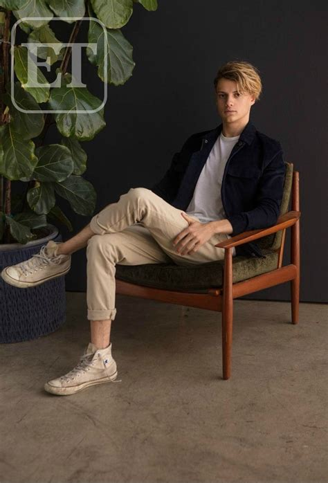 'Henry Danger' Star Jace Norman Explores Europe in New